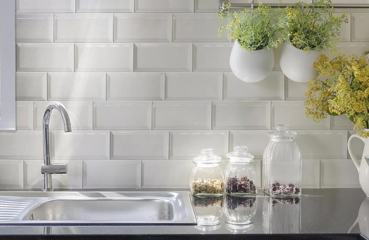 фотографии фартуков для кухни из плитки сам
